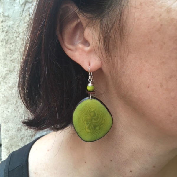boucles d'oreilles chips ivoire végétal vert Rootsabaga création lyon
