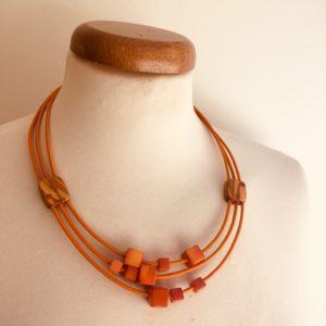 collier bois olivier ivoire végétal orange Rootsabaga bijouterie fantaisie