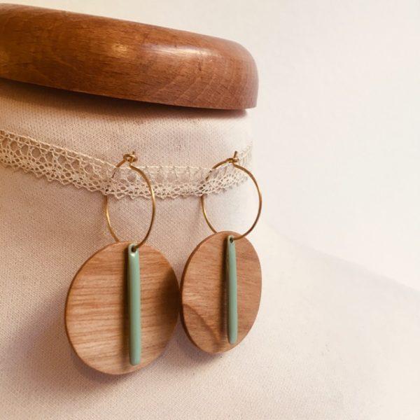 Créole bois grand rond lamelle émail vert amande Bijou naturel fait main à lyon