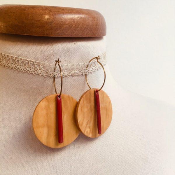 Créole bois grand rond lamelle émail rouge Bijou naturel fait main à lyon