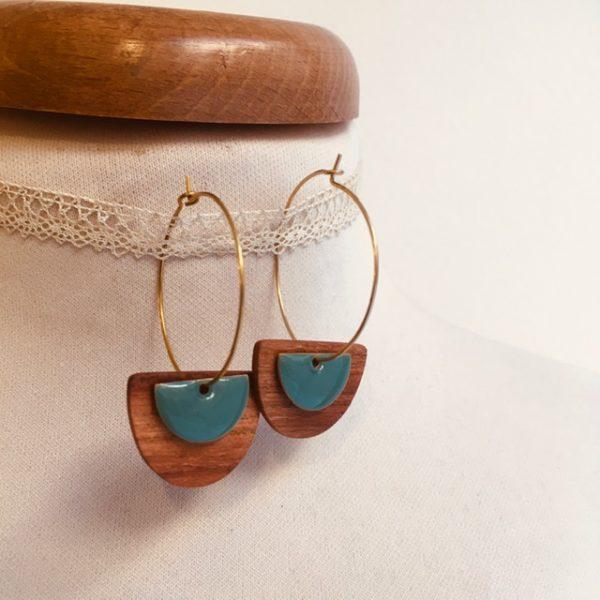 Créole bois demi lune émail bleu turquoise Bijou naturel fait main