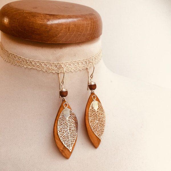 boucles d'oreilles bois feuille grande argenté perle marron Rootsabaga Bijoux narturels