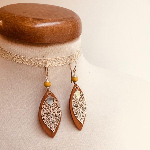 boucles d'oreilles bois feuille grande argenté perle jaune Rootsabaga Bijoux narturels
