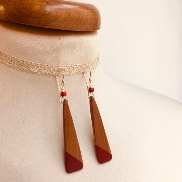 boucles d'oreilles bois lamelle peint rouge Rootsabaga bijou nature