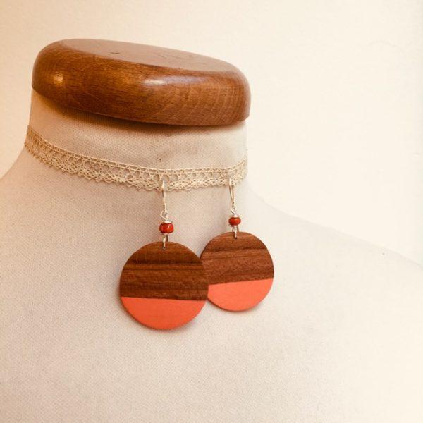 boucles d'oreilles bois grand rond prunier corail Rootsabaga bijou fantaisie