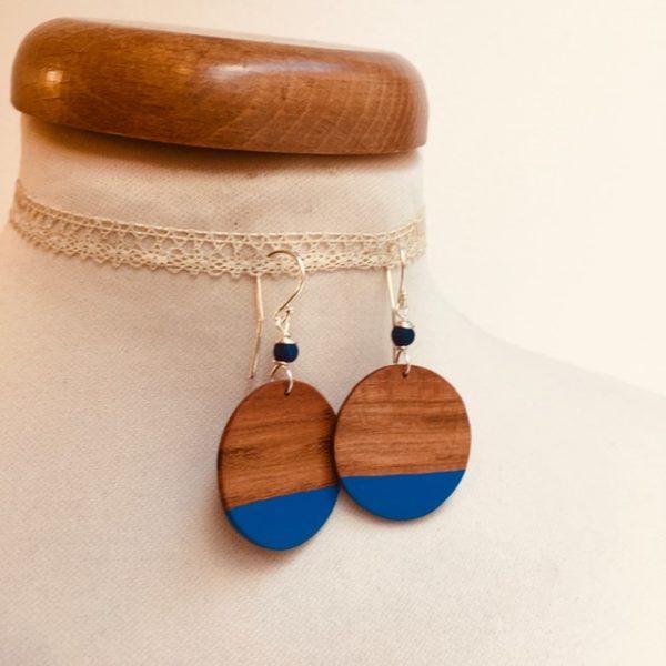 boucles d'oreilles bois grand rond prunier bleu roi Rootsabaga bijou fantaisie