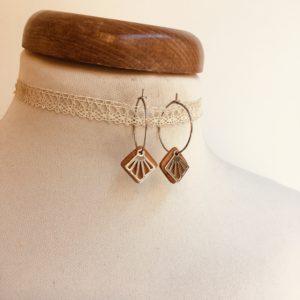boucles d'oreilles créole argentée mini carré ajouré bois Rootsabaga bijoux naturels chic