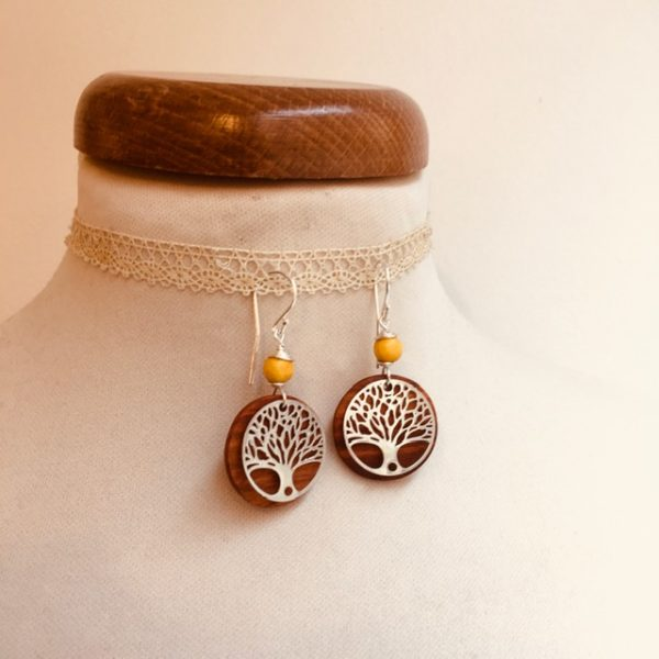 boucles d'oreilles bois argenté arbre de vie perle jaune Rootsabaga bijoux naturels lyon