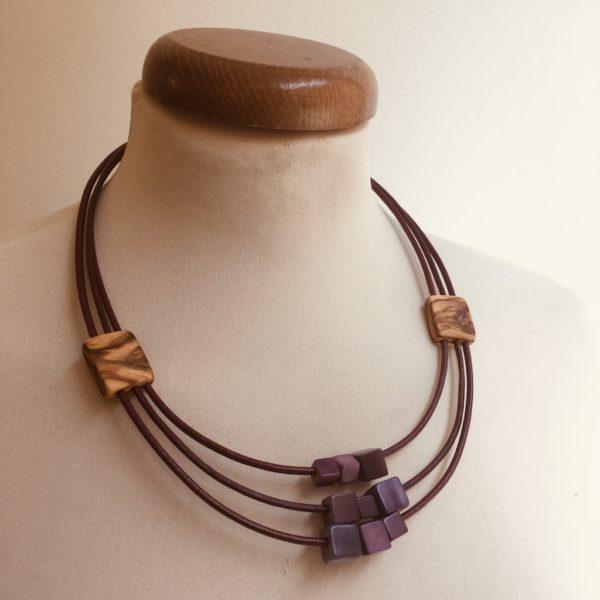 collier olivier ivoire végétal violet bijou artisanal naturel rootsabaga lyon